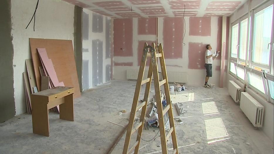 Do začátku školního roku dělníci opravy dokončit nestihnou