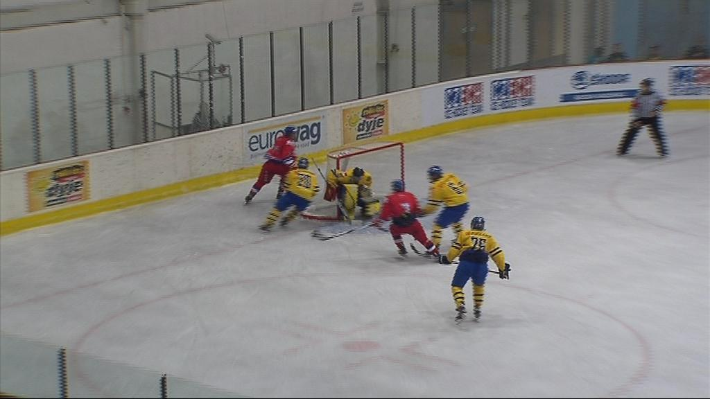 Češi dokázali ve druhé třetině proti Švédům srovnat na 1:1