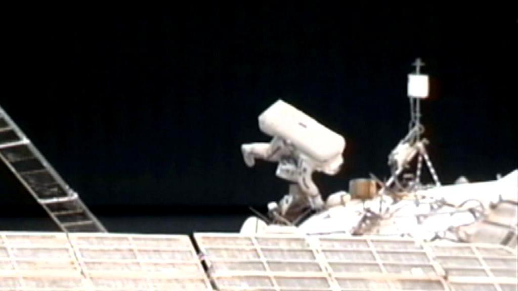 Kosmonauti na vnějšku ISS