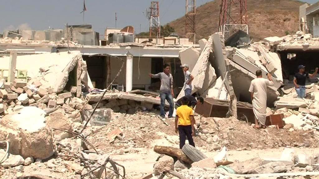 Azáz po bombardování
