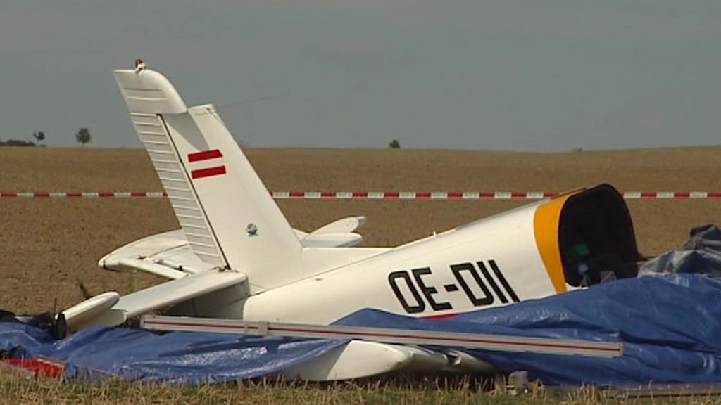 U Dolního Benešova spadlo letadlo