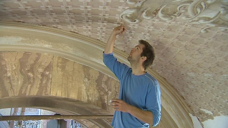 V těchto dnech dochází k obnovení maleb v kostele