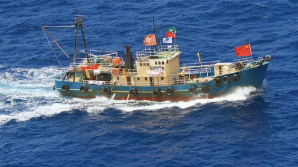 Loď čínských aktivistů mířící na ostrovy Senkaku/Tiao-jü-tchaj