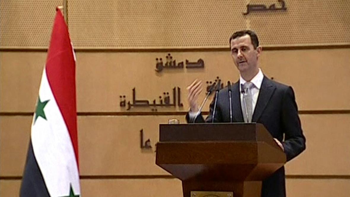 Bašár Asad při projevu na univerzitě v Damašku