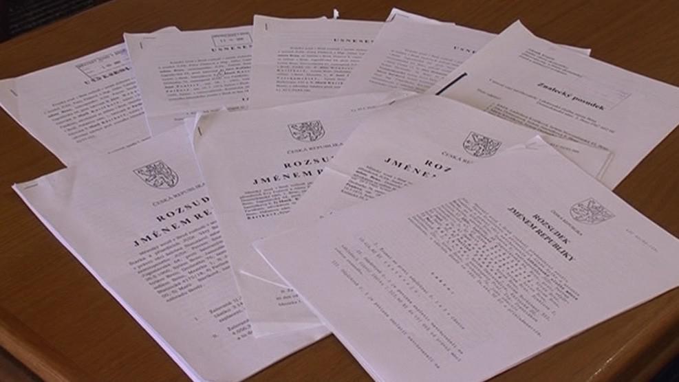 Právníkům lékárnic se na stole kupí rozsudky městského i krajského soudu