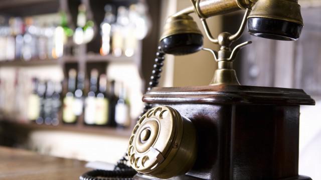 Historický telefon