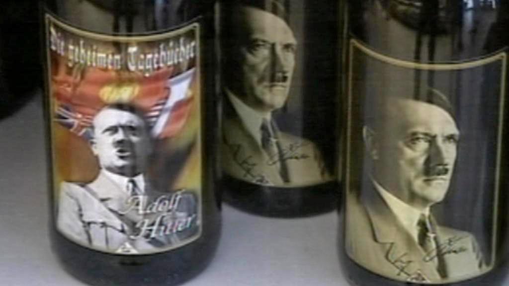 Italské víno s Adolfem Hitlerem na etiketách