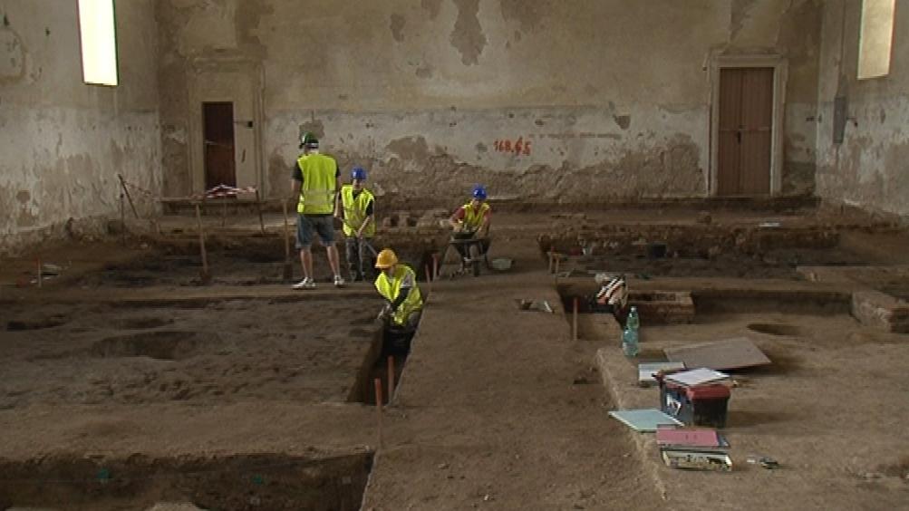 V lednických jízdárnách zatím pracují archeologové