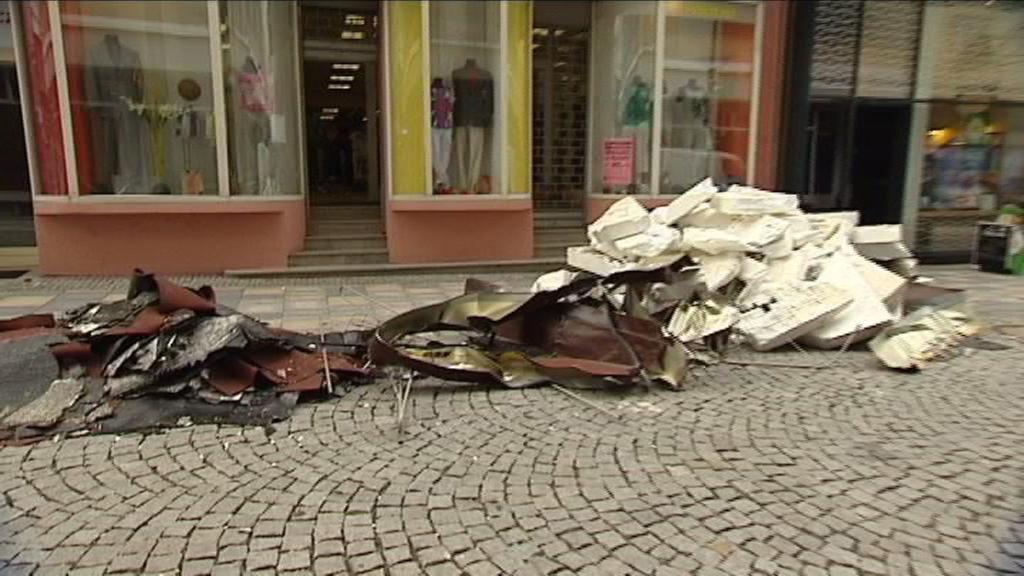 Následky po noční bouři v centru Ostravy
