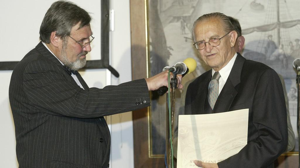 Dušan Zbavitel (vpravo)
