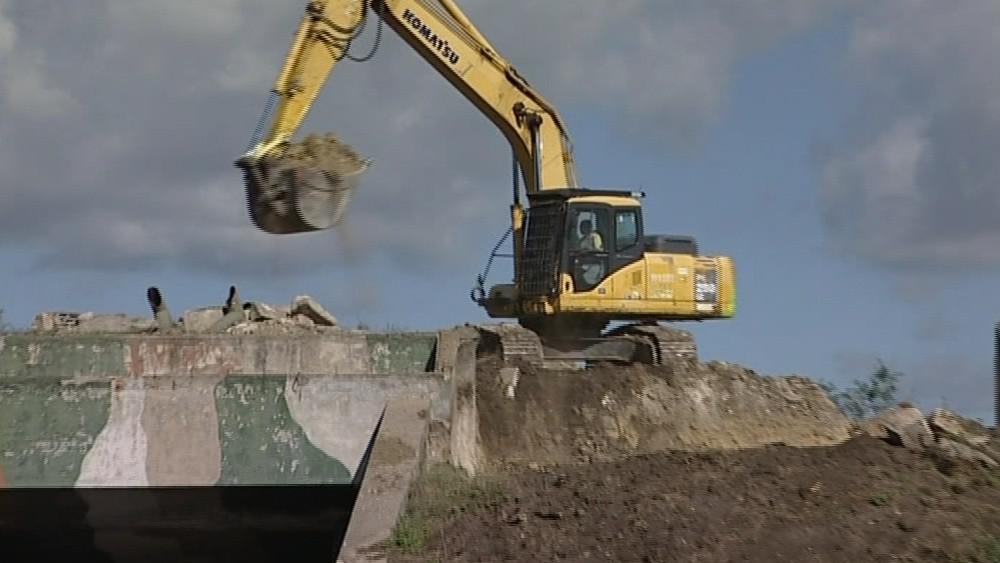 V Sokolnicích začali odstraňovat vojenské bunkry