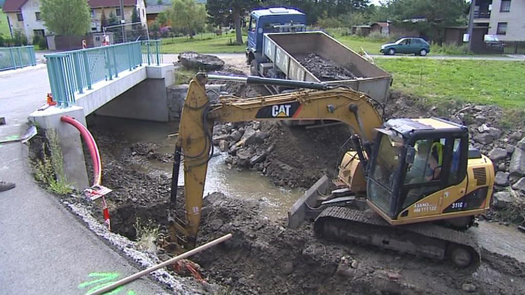 Opravy po povodních v Heřmanicích