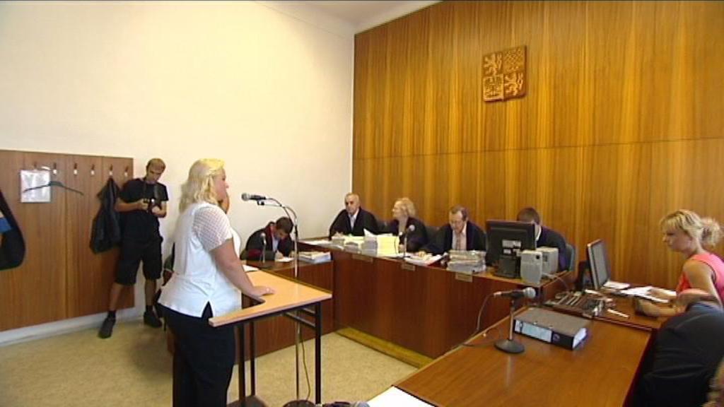 Šárka Mikšanová u soudu