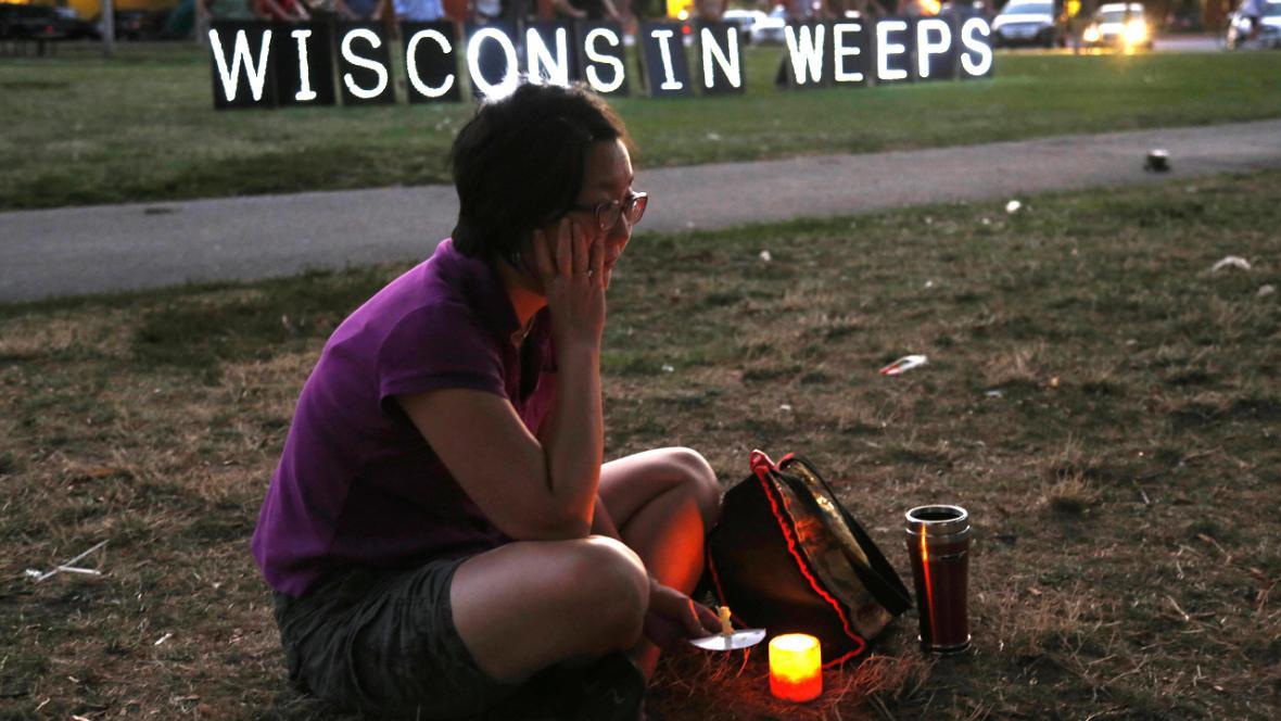 Vzpomínka na oběti útoku ve Wisconsinu