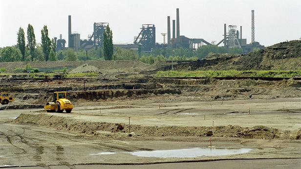 Průmysl a stavebnictví