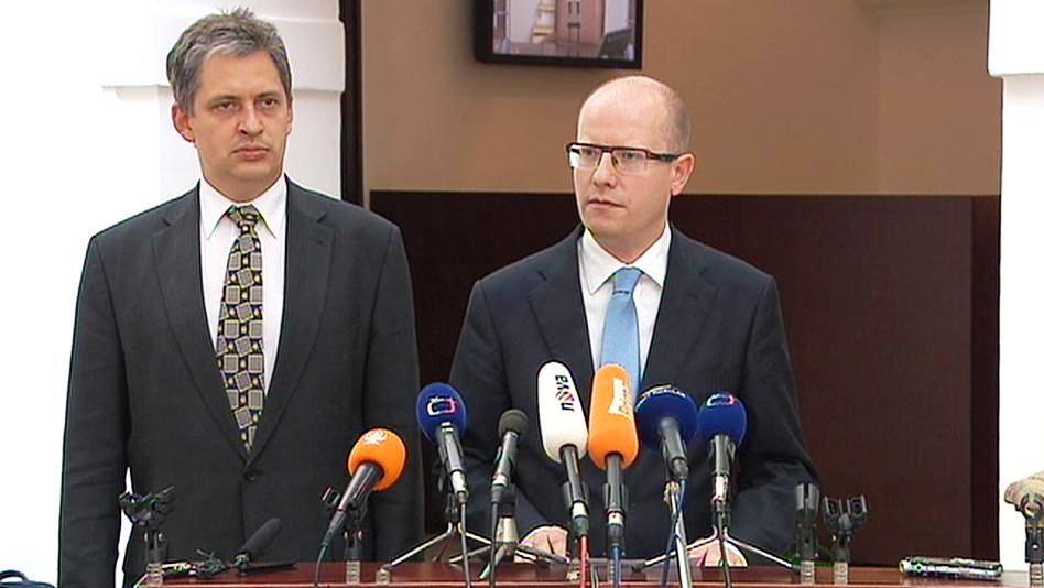 Bohuslav Sobotka a Jiří Dienstbier