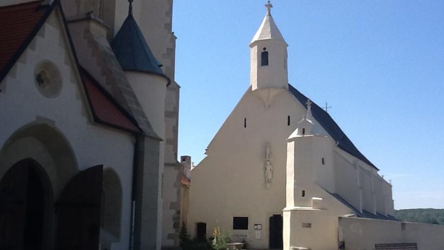 Svatováclavská kaple je jednou z dominant města