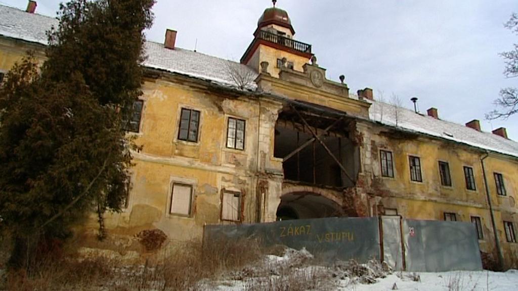 Zámek Štědrá před rekonstrukcí