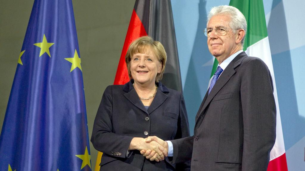 Mario Monti a Angela Merkelová