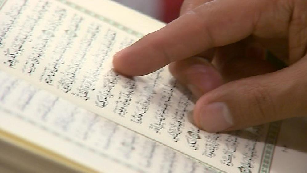 O ramadánu by měl každý muslim přečíst celý korán