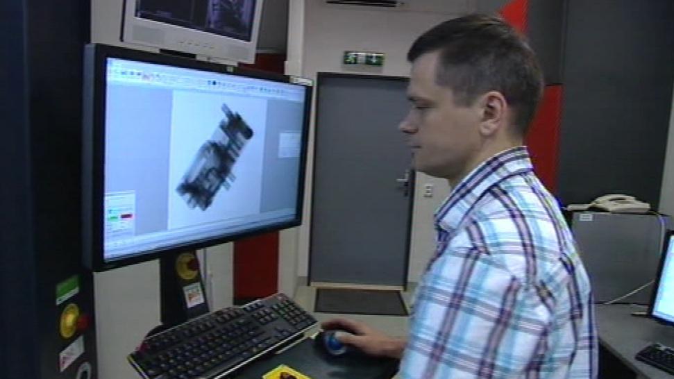 Přístroj odhalí vnitřní strukturu objektů