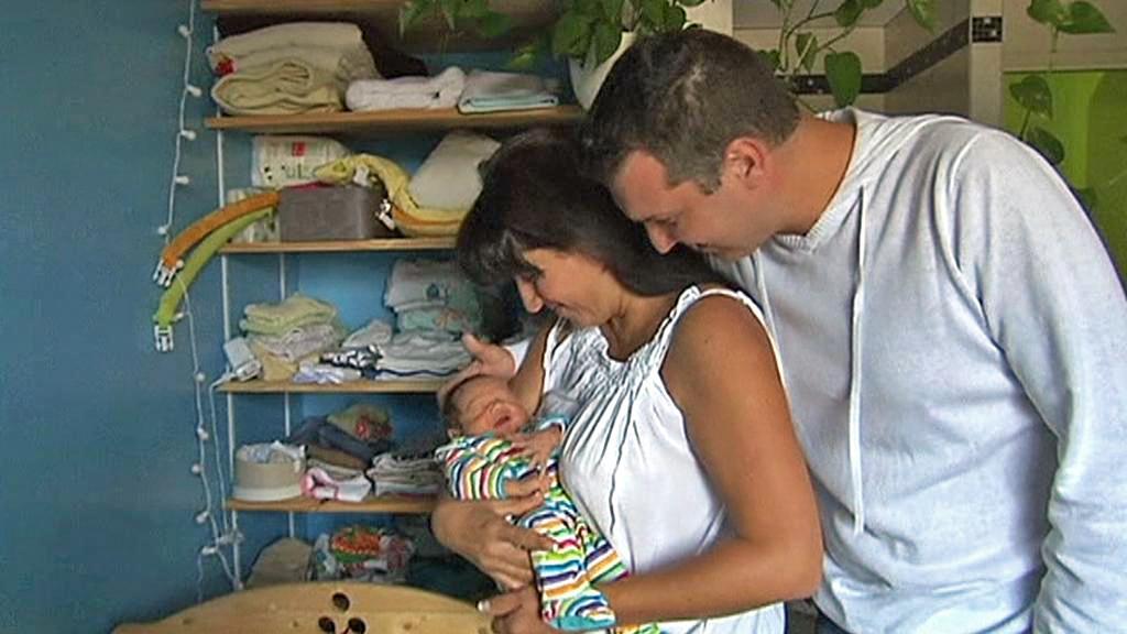 Séverine a Guillaume Valençotovi se svým třetím synem Charleyem