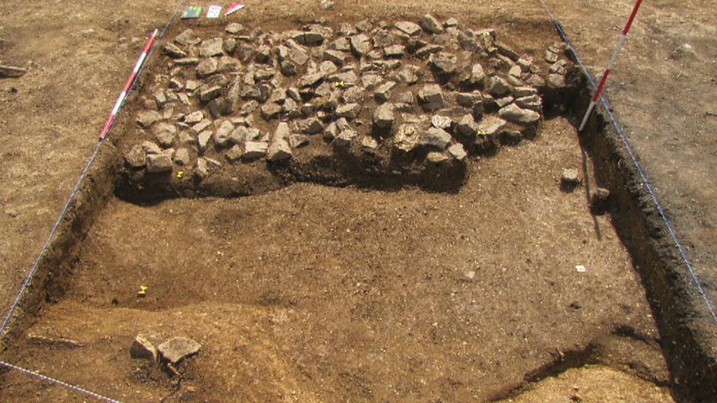 Středověké pohřebiště u Pražského hradu