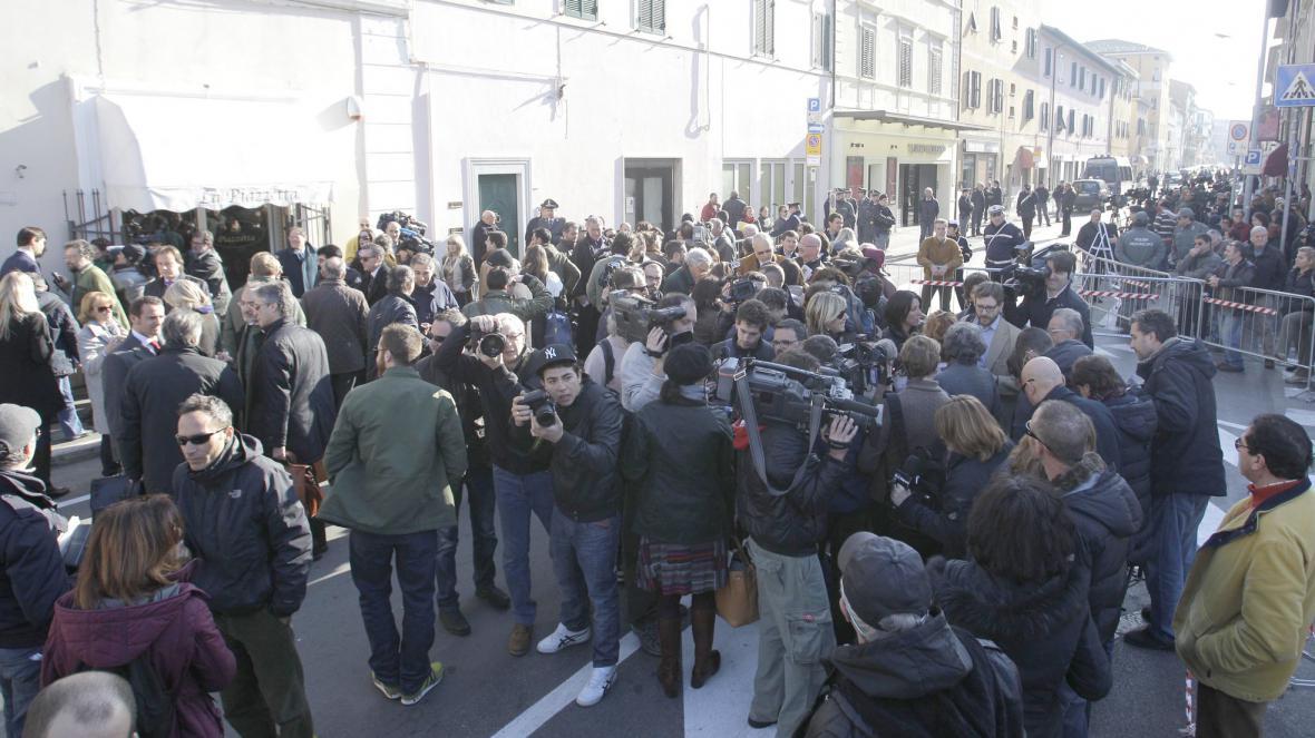 Davy lidí čekají na soud ohledně Costy Concordie