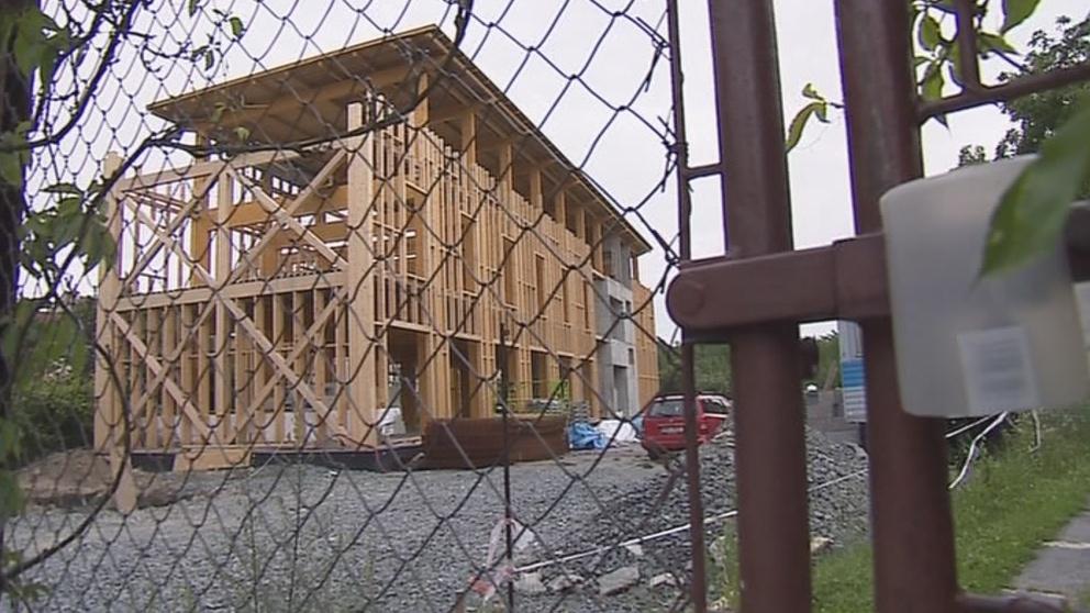 Nový pavilon budí nevoli místních