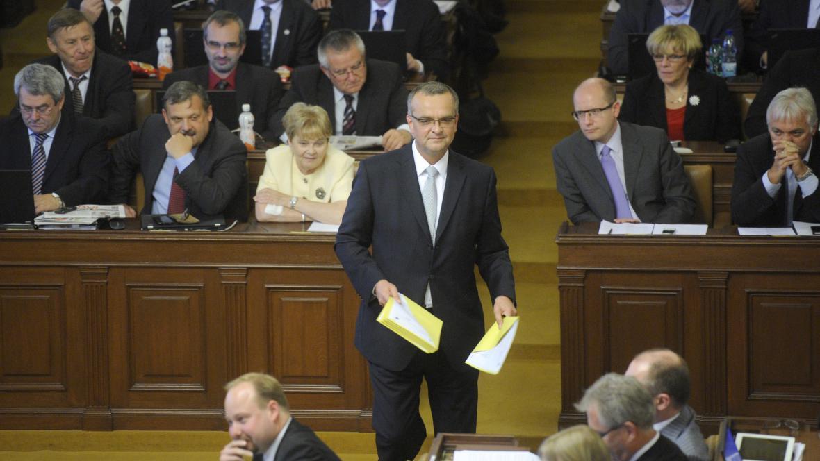 Miroslav Kalousek při jednání o nedůvěře