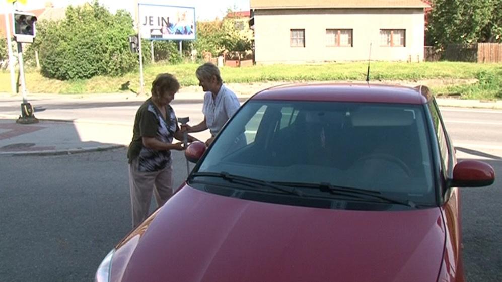 Seniory v Rousínově dopraví dotované