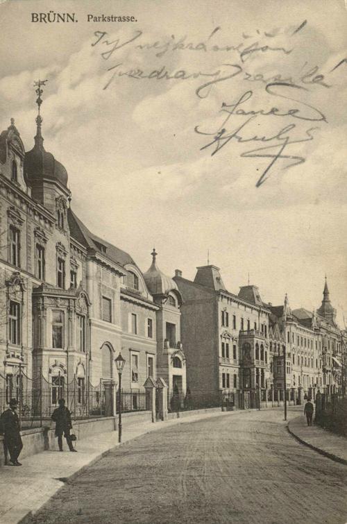 Ulice Sadová-Parkstrasse na dobové pohlednici