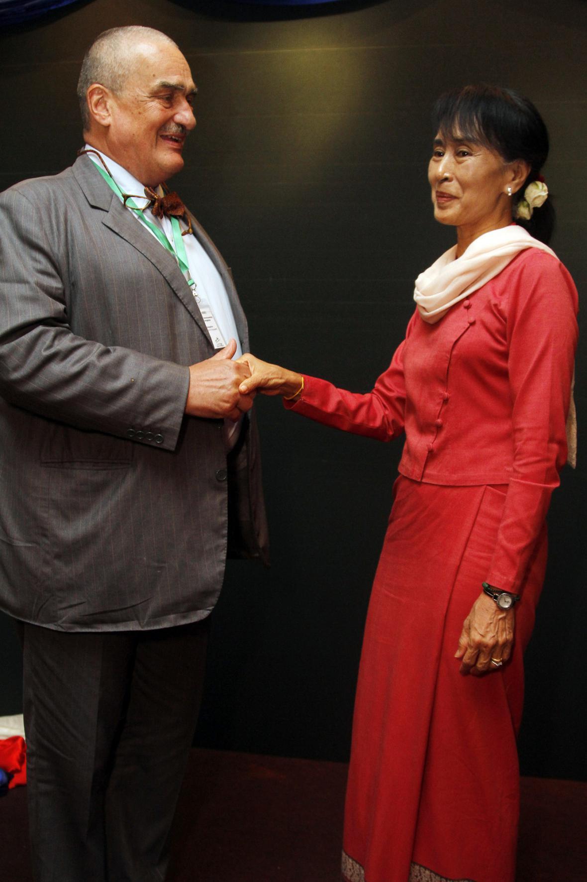 Karel Schwarzenberg a Su Ťij
