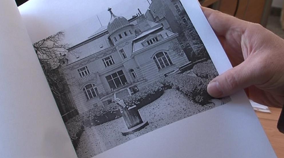 Původní podoba vily na dobové fotografii