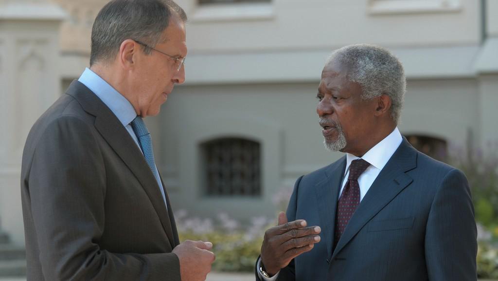 Kofi Annan při jednání se Sergejem Lavrovem o situaci v Sýrii