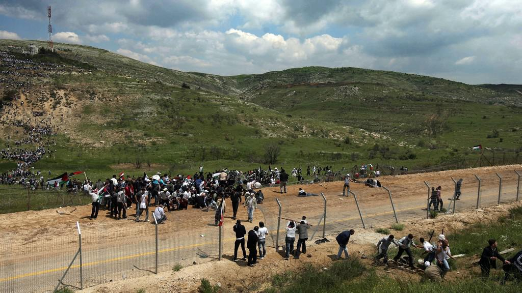 Uprchlíci na hranicích se Sýrií