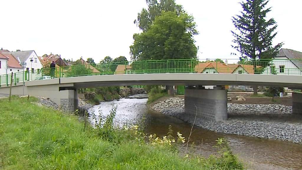 Nový most v Benešově nad Černou