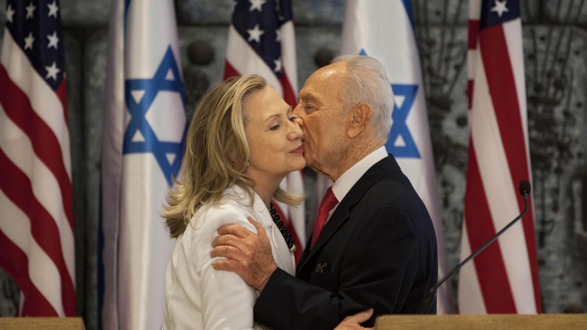 Hillary Clintonová a Šimon Peres