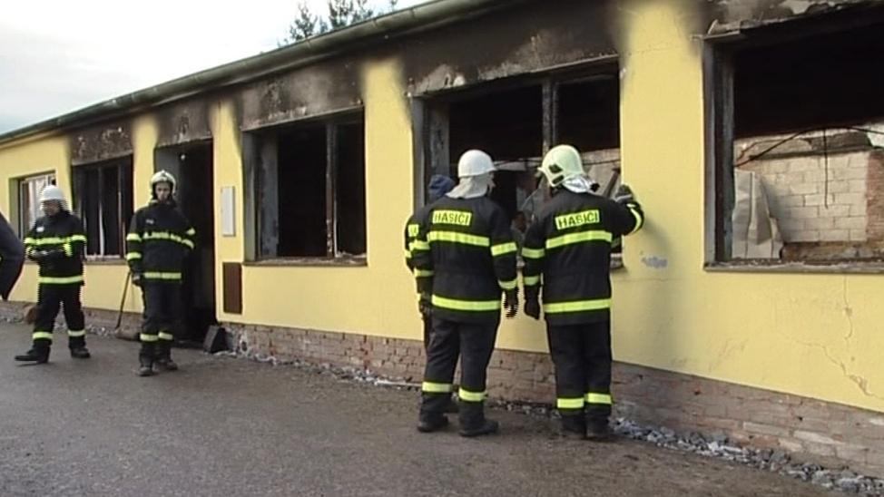 Požár ve Starém Petříně měl na svědomí žhář