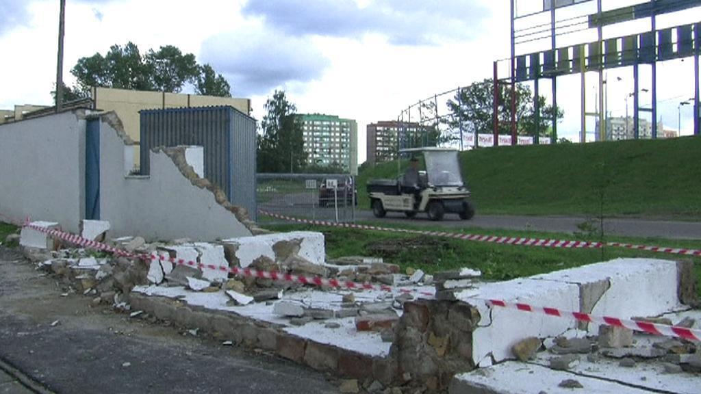 Následky tornáda v Polsku
