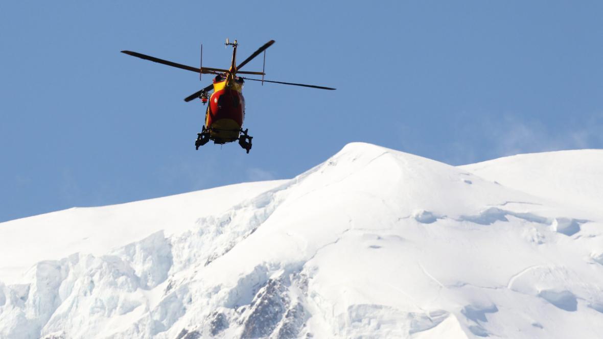 Záchranáři pátrají po horolezcích