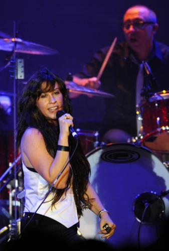 Kanadská zpěvačka při pražském koncertu