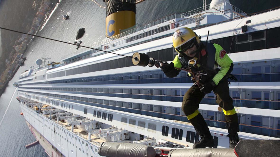 Vrak lodi Costa Concordia