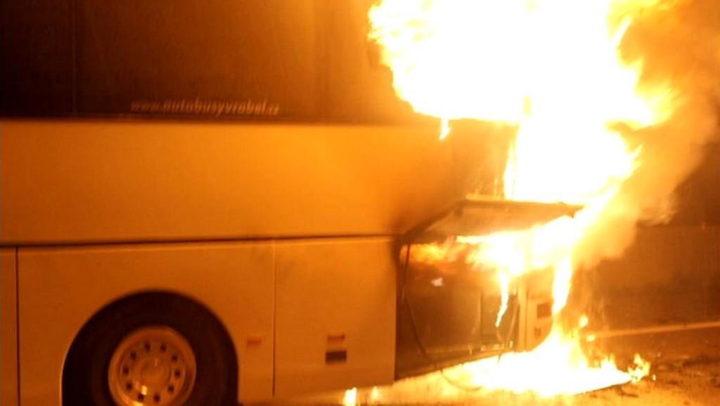 V Rakousku shořel český autobus