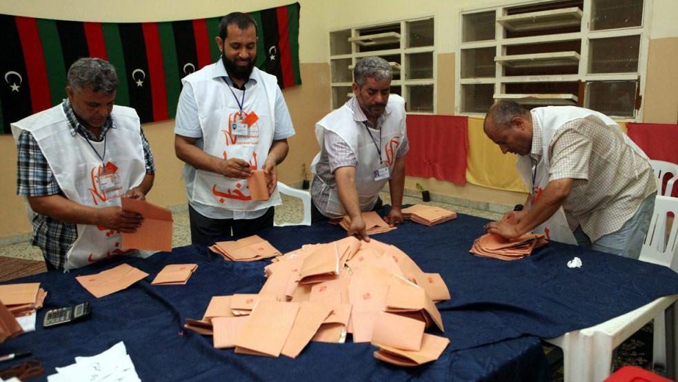 Volební komise v Tripolisu