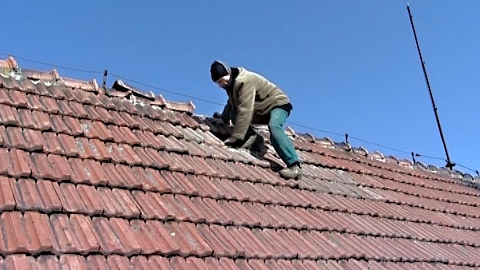 Ve špatném stavu je střecha