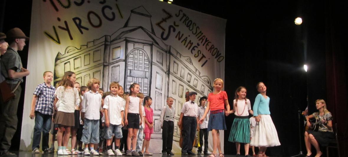 Školní akademie - lidové písničky