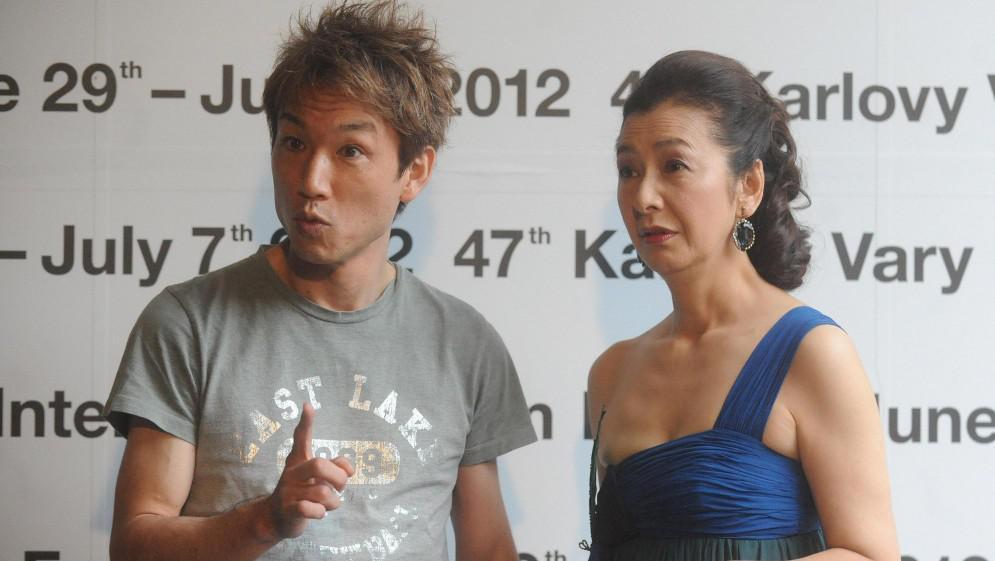 Režisér Tatsuya Yamamoto a herečka Keiko Takahashi