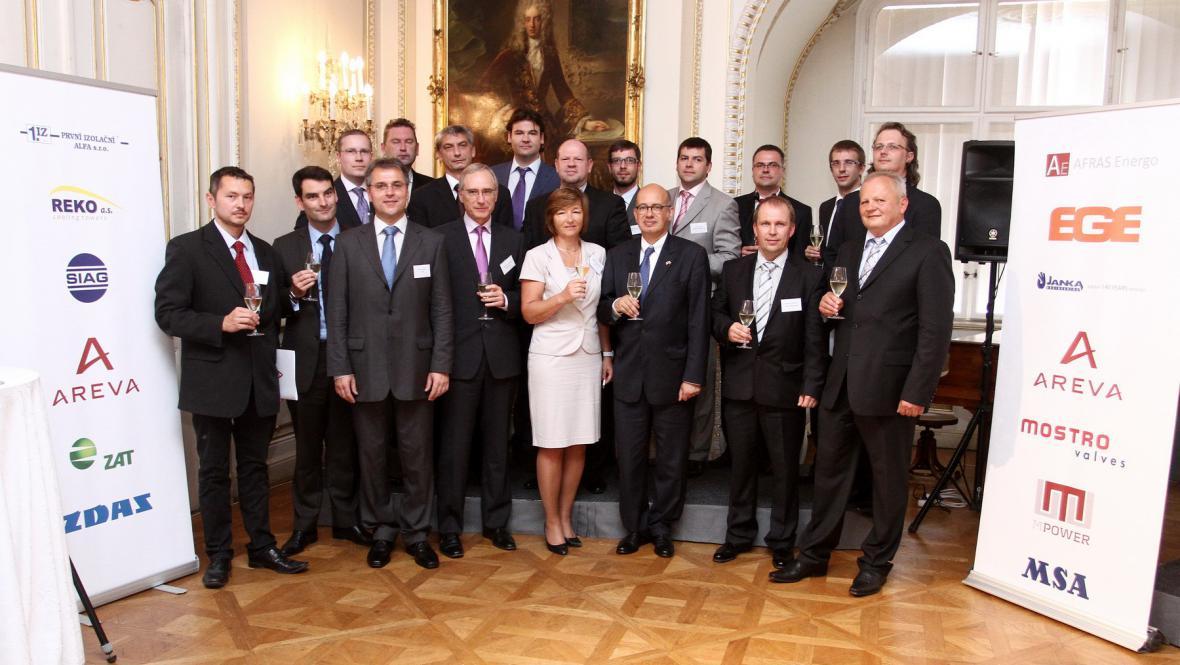 Podpis dohody mezi Arevou a českými firmami