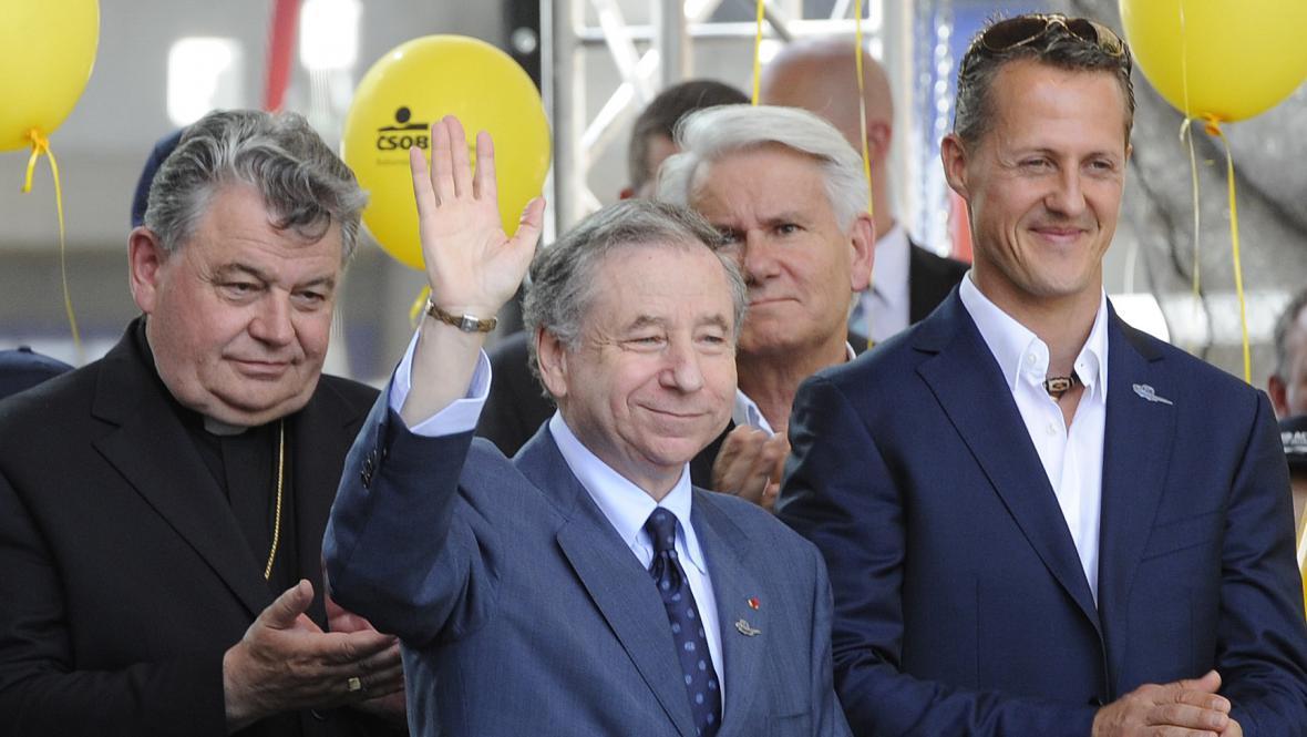 Jean Todt s Michaelem Schumacherem a Dominikem Dukou
